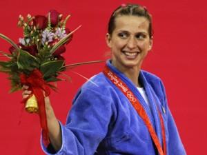 Alina Dumitru aduce prima medalie pentru Romania la JO 2012