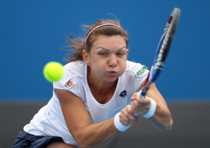 Simona Halep trece de Jelena Jankovic la WTA Shenzhen