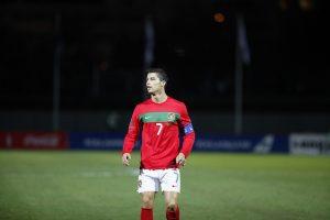 Poftiți, domnule Ronaldo!
