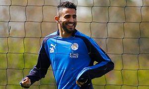 Mahrez rămâne la Leicester