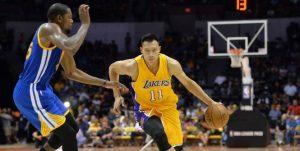 Jianlian a plecat de la Lakers