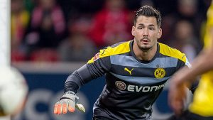 Borussia Dortmund: Roman Bürki nu va mai fi disponibil în acest an