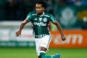 Zé Roberto si-a prelungit contractul cu Palmeiras, la 42 de ani