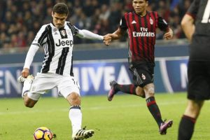 Hernanes a plecat in China
