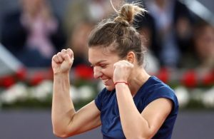 Halep o spulberă pe Suarez Navarro și ajunge în sferturile de la Roland-Garros
