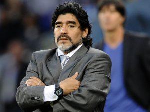 Maradona ar putea antrena in Emirate