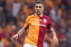Podolsky s-a transferat in Japonia