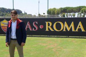 Cengiz Under a semnat pentru AS Roma