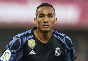 Danilo la Manchester City