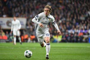 Luka Modric a semnat un nou contract cu Real Madrid