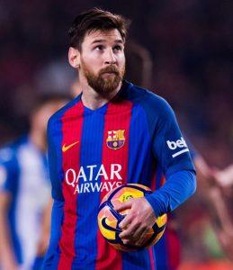 Messi a prelungit cu Barcelona