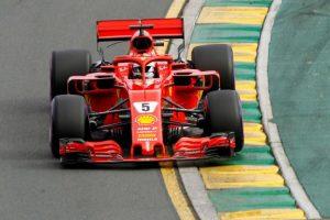 Sebastian Vettel obține pole-ul, Hamilton coboară pe poziția a patra