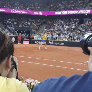 Simona Halep o distruge pe Naomi Osaka și ajunge în optimile de la Roma