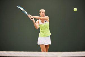 Simona Halep o va întâlni pe Karolina Pliskova în semifinalele turneului WTA de la Miami
