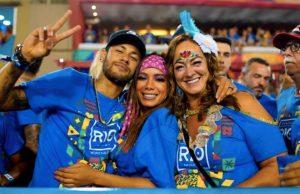 Mama lui Neymar se intâlneste cu un tânăr de 22 de ani, dupa ce s-a despartit de sotul ei