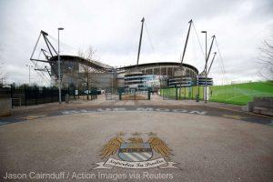 Opt victime ale unui antrenor pedofil pretind despăgubiri clubului Manchester City