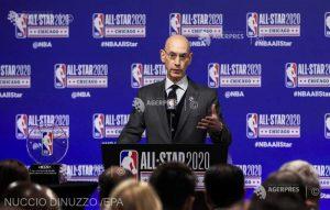 """""""Reluarea NBA nu va fi, poate, pentru toată lumea"""", susţine Adam Silver"""