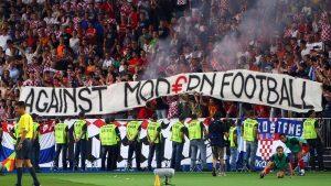 10 elemente din fotbalul modern care nu sunt pe placul suporterilor