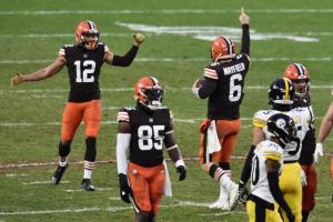 Cleveland Browns se califică în play-offs