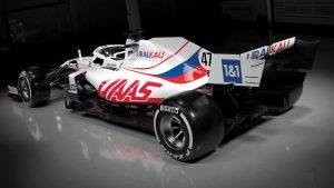 F1: Monopostul echipei americane Haas pentru sezonul 2021, vopsit în culorile Rusiei