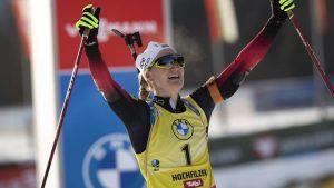 Biatlon: Marte Olsbu Roeiseland câștigă pursuit-ul de la Ostersund